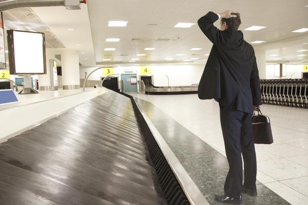 lost-luggage-airport-belt_grande.jpg