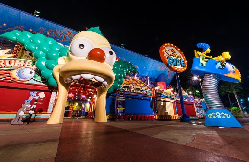 simpsons-ride-universal-studios-florida-night.jpg