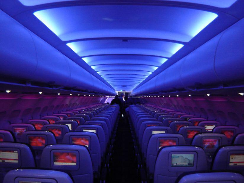 Virgin_America_A320_cabin